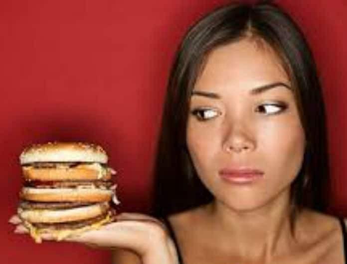 Εσύ το ήξερες; Τι επιπτώσεις έχει το fast food στην ψυχολογία σου!