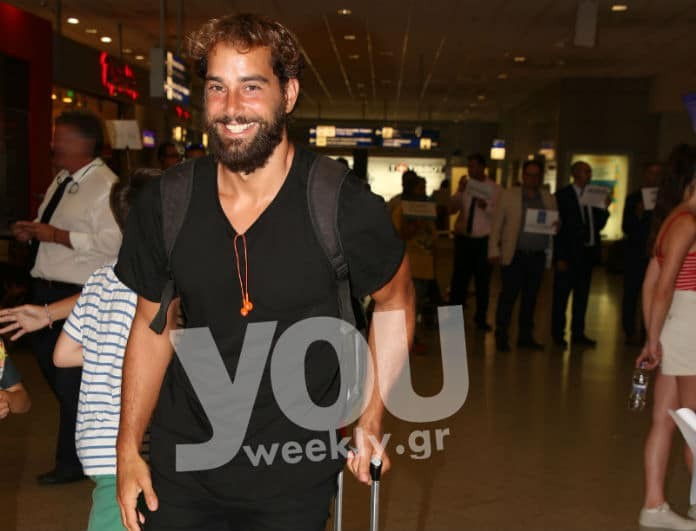 Survivor: Επέστρεψε στην Ελλάδα ο Χάρης Γιακουμάτος! Αποκλειστικές φωτογραφίες από το αεροδρόμιο...