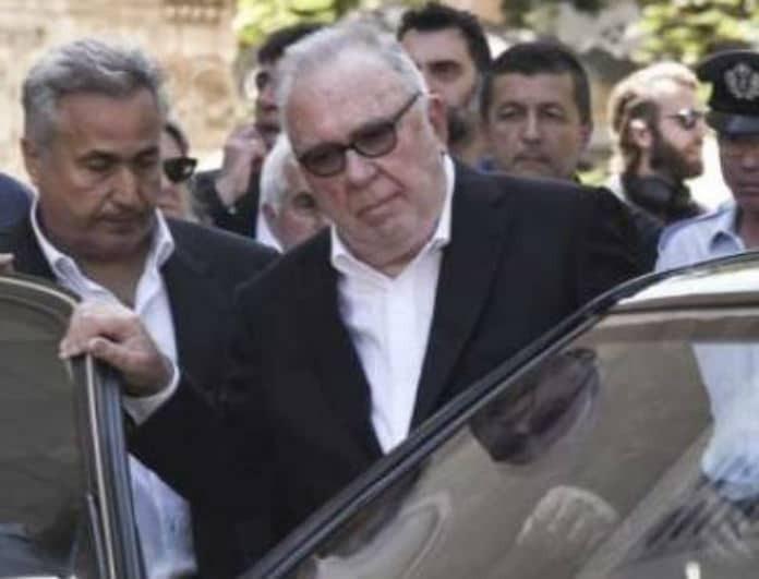 Σωκράτης Κόκκαλης Jr: To δολοφονικό βλέμμα του Κροίσου στην κηδεία! Το πρόσωπο που τον εξόργισε και η εκδίκηση!
