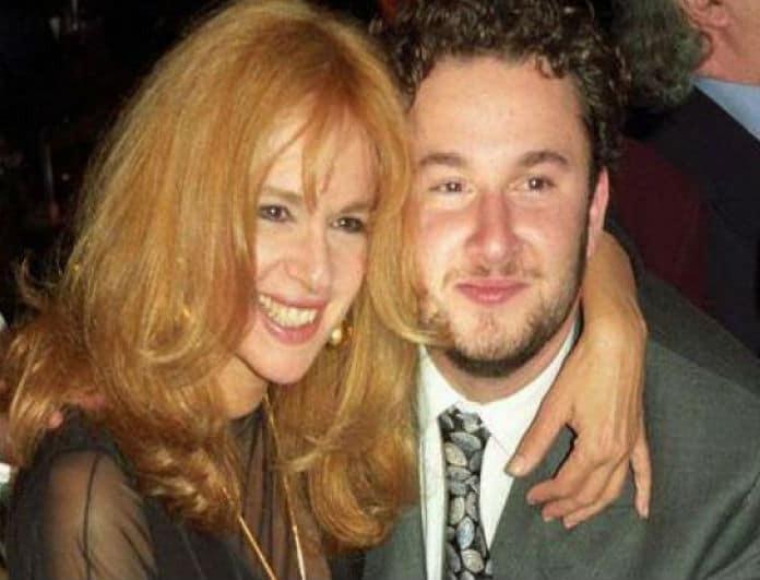 Αλίκη Βουγιουκλάκη: Η κόντρα στην οικογένεια και η κατάθλιψη του γιου της!