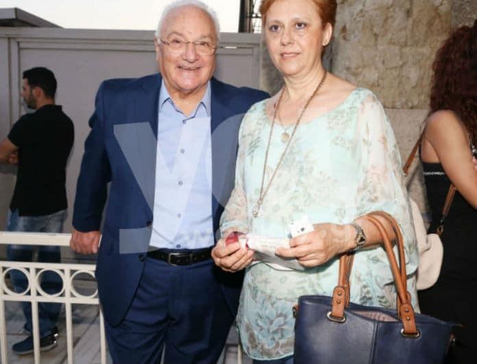 Σπάνια εμφάνιση! Ο φωτογραφικός φακός του Youweekly.gr απαθανάτισε τον Γιώργο Πάντζα με την σύζυγό του!