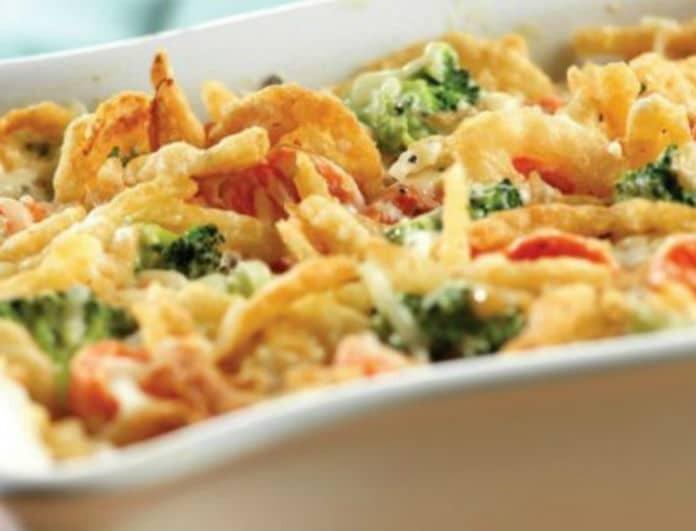 Υγιεινή και γευστική πίτα με λαχανικά στον φούρνο!