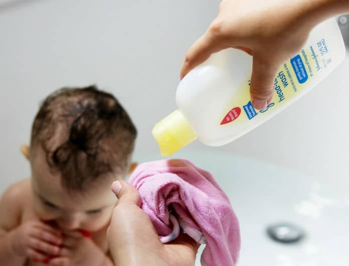 Baby shampoo: Το απόλυτο μυστικό για υγιές δέρμα! Δεν θα γεράσετε ποτέ!