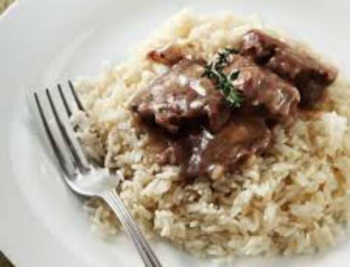 Η συνταγή της ημέρας: Χοιρινό λεμονάτο με ρύζι!