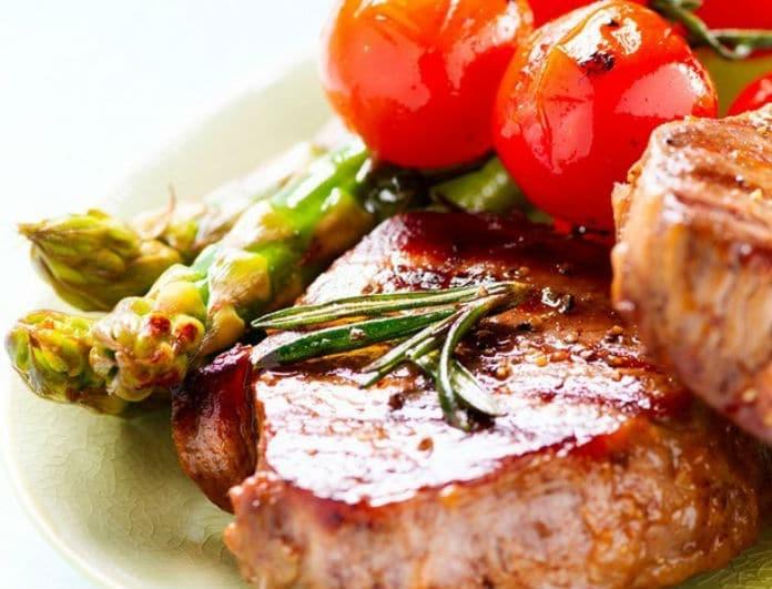 Τι θα φάμε σήμερα; Μπριζόλες με ντοματίνια και βαλσάμικο!