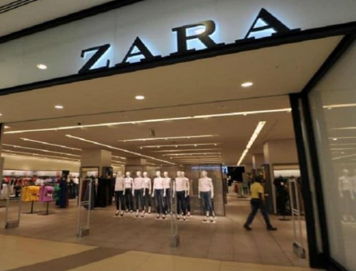 Back to '60s! Το φόρεμα από τα Zara που δεν πρέπει να λείπει από την γκαρνταρόμπα σου!
