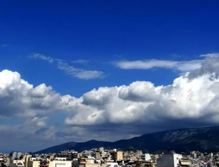 Καιρός: Γενικά αίθριος - Πού θα σημειωθούν βροχές σήμερα Δευτέρα;