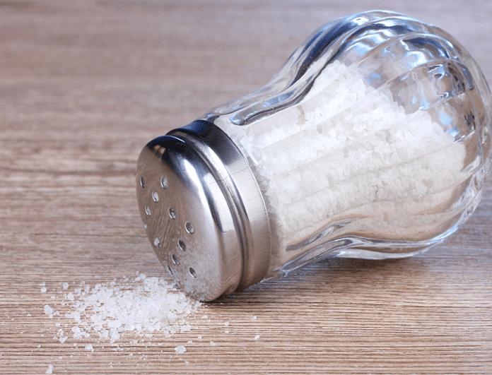 Πως να περιορίσεις το αλάτι στη διατροφή σου και να χάσεις εύκολα βάρος!