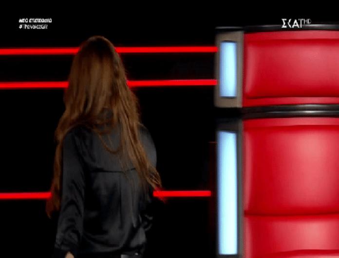 The Voice: Ο παίκτης που έκανε την Παπαρίζου να κλάψει! - Σηκώθηκε από την θέση της και έφυγε! (Βίντεο)