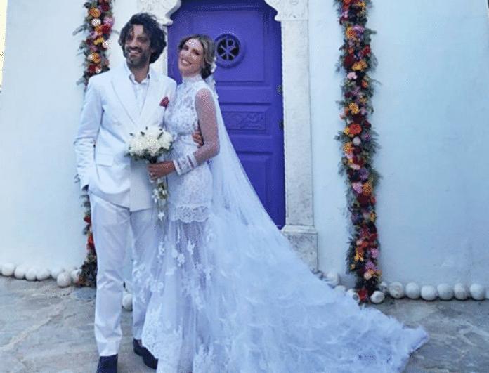 052ccd4ab7ff Αθήνα Οικονομάκου  Σας άρεσε το νυφικό Το μεγάλο φάουλ στο γάμο που  προκάλεσε αρνητικά σχόλια. (Αποκλειστικό) - VANDA  S BLOG - Youweekly