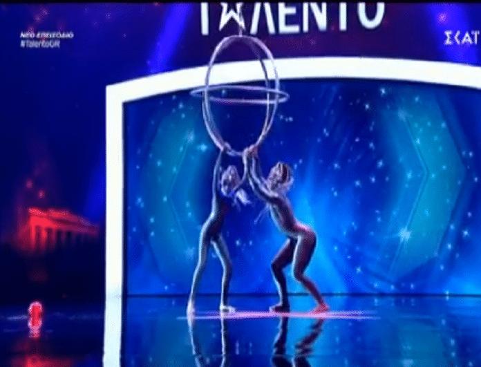 Ελλάδα έχεις ταλέντο: Η χορεύτριες που τους τρέλαναν όλους με τον χορό και τα ακροβατικά τους (video)