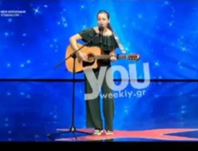 Ελλάδα έχεις Ταλέντο: Η νεαρή Κασσάνδρα που έκανε τους κριτές να χρειαστούν... χαρτομάντηλα! Δεν μπορούσαν να συγκρατήσουν τα δάκρυα τους! (βίντεο)