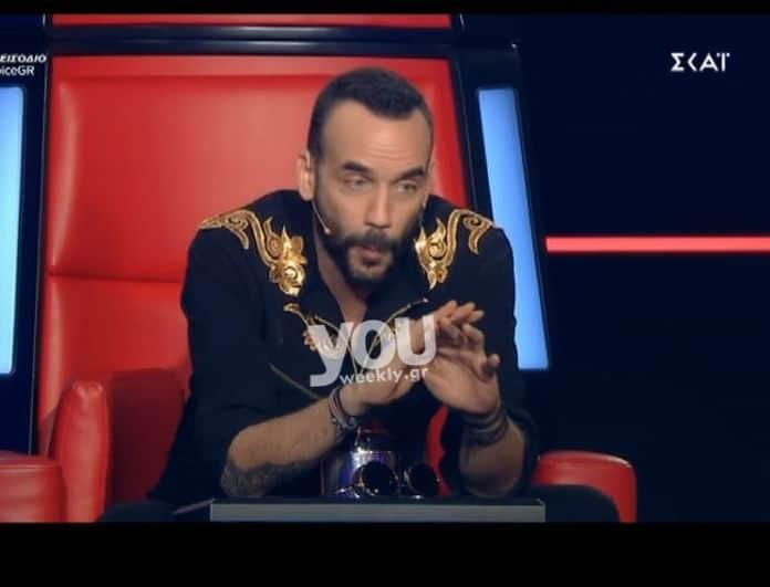 The Voice: Η συγκίνηση του Μουζουράκη και οι επικές απειλές... της Παπαρίζου! (Βίντεο)
