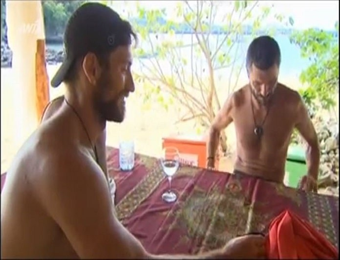 Nomads 2: Οι σπόντες Βασιλόπουλου και Σήαρς για τη σχέση Χαριστέα-Αθηνάς! (video)