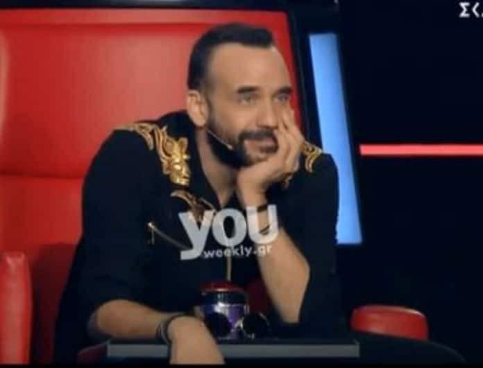 The Voice: H έντονη συγκίνηση του Πάνου Μουζουράκη με την ερμηνεία των παικτών του! (Βίντεο)