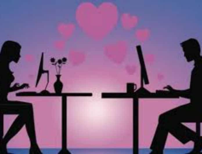 Έρωτας μέσω διαδικτύου: Ποιοι τον προτιμούν και  γιατί;