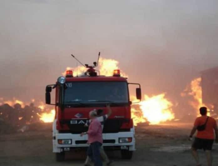 Πυρκαγιά σε διαμέρισμα στο Μαρούσι! 3 άτομα παλεύουν με τις φλόγες!