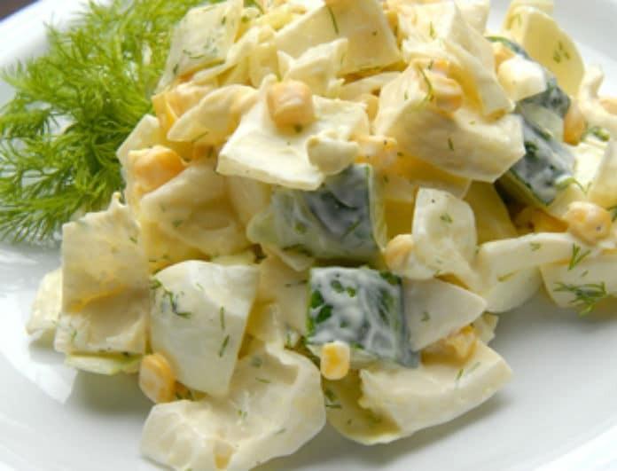 Φτιάξτε νόστιμη πατατοσαλάτα με αυγά μέσα σε 15 λεπτά!