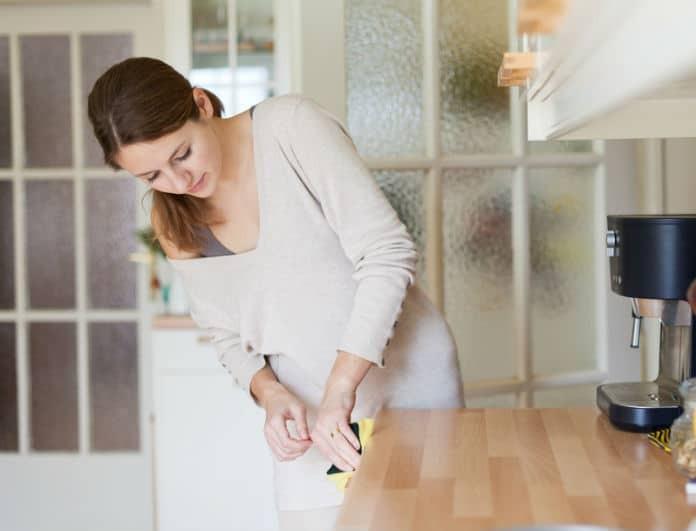 Ο ιδανικός οδηγός της τεμπέλας για καθαρό σπίτι στο λεπτό χωρίς κόπο!