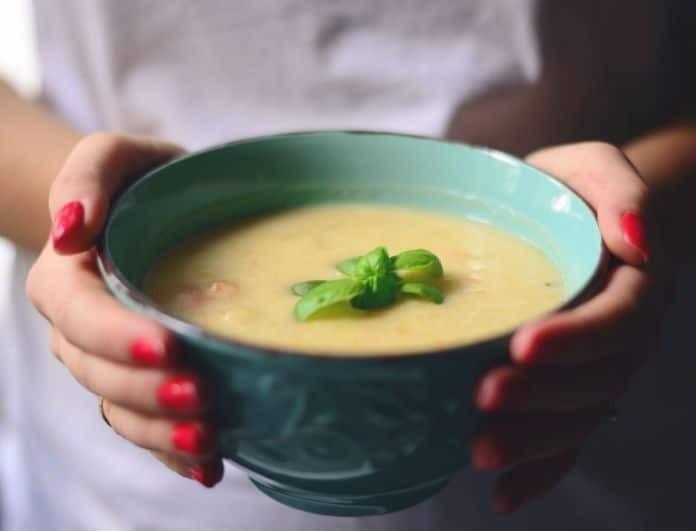 Αυτή είναι η ιδανική σούπα για το κρύο με απλά υλικά!