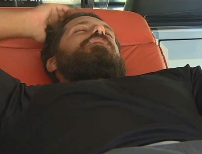 Nomads 2: Σοκ! Με ορούς ο Νάσος Παπαργυρόπουλος! Έφυγε με ασθενοφόρο! Τι συνέβη με τον παίκτη; (βίντεο)