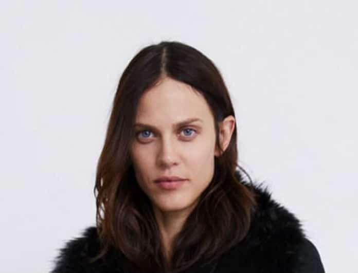 Zara: Αυτό το παλτό είναι η safe επιλογή για τις εμφανίσεις των Χριστουγέννων!