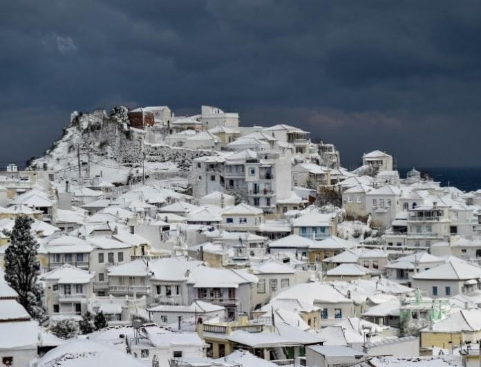 Έκτακτο δελτίο καιρού: Έρχεται νέο κύμα με βροχές, τσουχτερό κρύο και χιόνια!