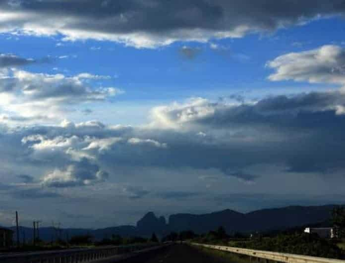 Καιρός: Με βροχές και συννεφιά η Τετάρτη! Αναλυτική πρόγνωση....