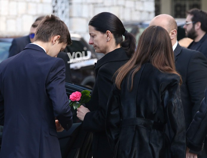 Κηδεία Αναστασιάδη: Σε τραγική κατάσταση η γυναίκα και τα παιδιά του στο τελευταίο αντίο!