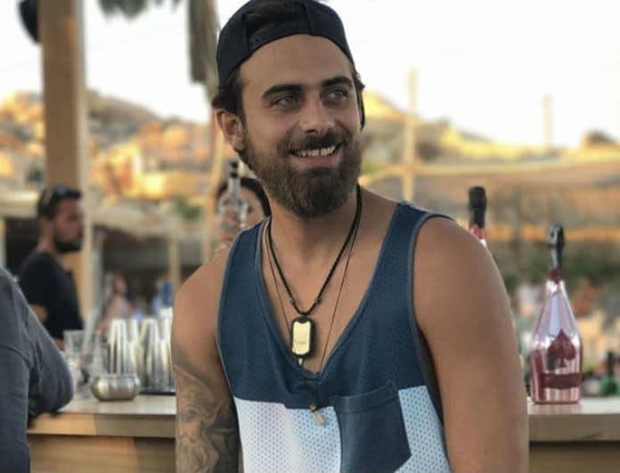 Μάριος Πρίαμος: Το έριξε στο... τραγούδι σε νυχτερινό κέντρο της Θεσσαλονίκης! (Βίντεο)