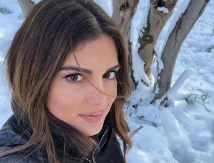 Σταματίνα Τσιμτσιλή: Παιχνίδια με τις κόρες της στα χιόνια!