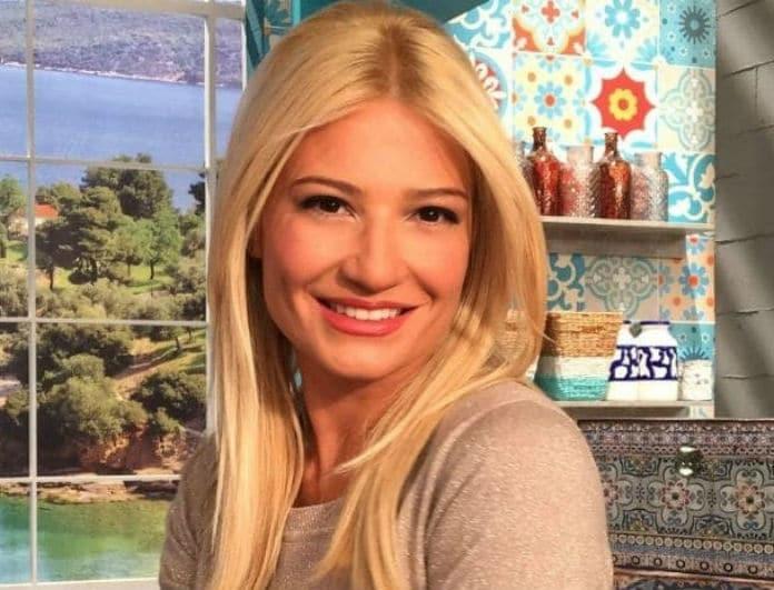Φαίη Σκορδά: Μας δείχνει για πρώτη φορά το καμαρίνι της!