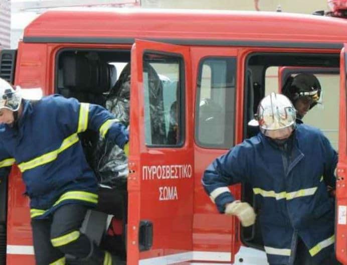 Θεσσαλονίκη: Φωτιά κοντά σε εμπορικό κέντρο!