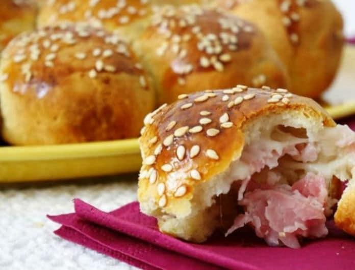 Ψωμί γεμιστό με μοτσαρέλα και ζαμπόν! Συνταγή - κόλαση!