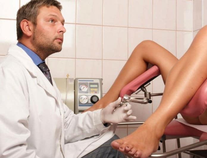 Ένας γυναικολόγος απαντά: Τι σκέφτεται όταν εσύ ανοίγεις τα πόδια σου;