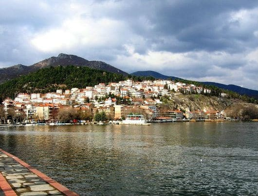 Καστοριά: Βρέθηκε νεκρή γυναίκα μέσα στην λίμνη!