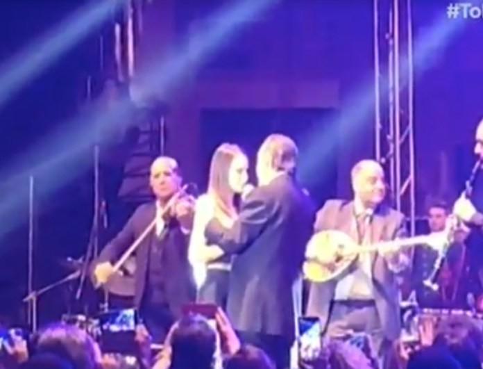 Τόλη Βοσκόπουλος: Η συγκινητική στιγμή που τραγουδάει μαζί με την κόρη του!
