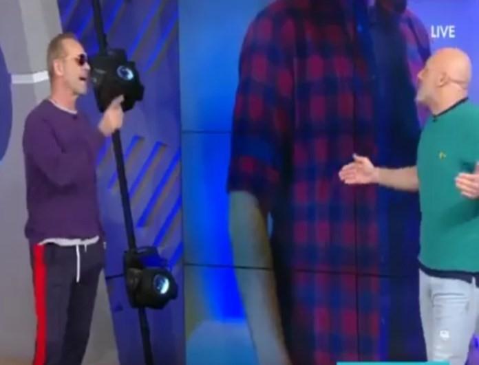 Πέτρος Κωστόπουλος: Έκανε «ντου» με υφάκι στην εκπομπή του Νίκου Μουτσινά - Έξαλλος ο παρουσιαστής! (βίντεο)
