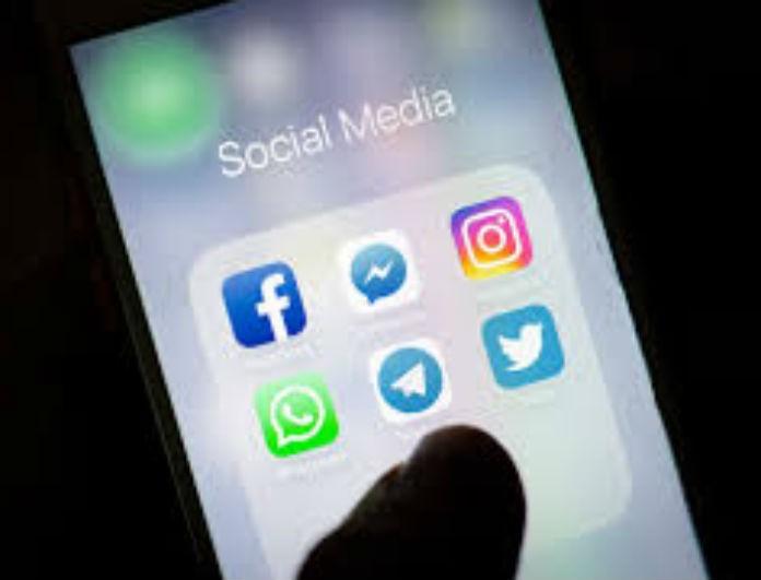 Facebook & Instagram: Αυτός είναι ο λόγος που κατέρρευσαν και επικράτησε πανικός στους χρήστες!