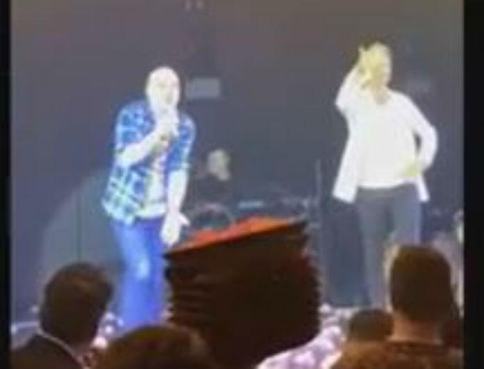 Νίκος Μουτσινάς: Ανέβηκε στην σκηνή του Ρουβά και τραγούδησε Φουρέιρα!