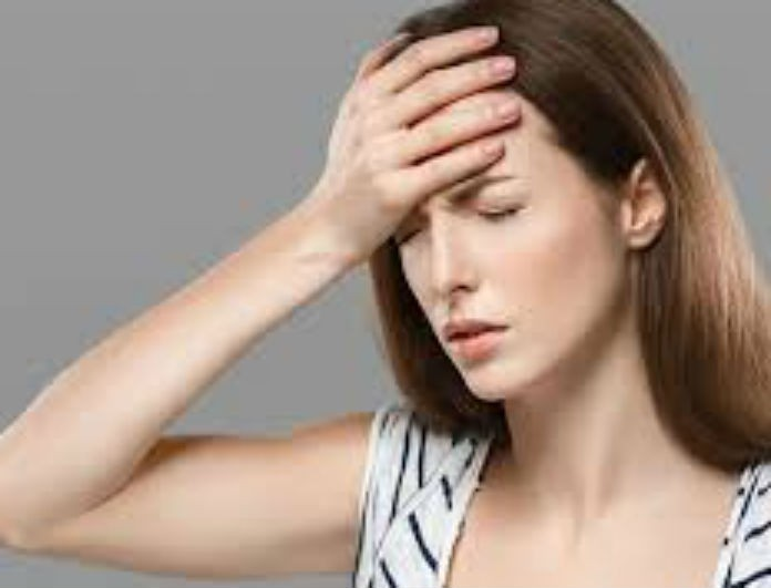 Οι γυναίκες πρωταγωνίστριες στον πονοκέφαλο! Ποιες είναι οι αιτίες;