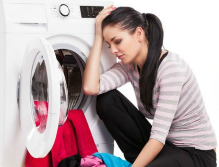 Ξέβαψαν τα ρούχα στο πλυντήριο; Μην ανησυχείτε! Βρήκαμε τη λύση!