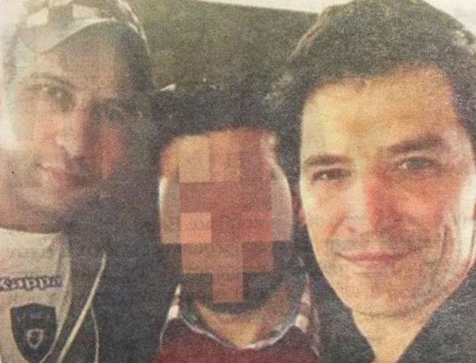 Σάκης Ρουβάς: Απίστευτο! Φωτογραφίζεται με μέλη της μαφίας που ρήμαζαν σπίτια!