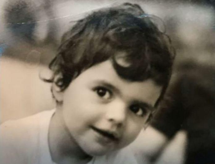 Το μωράκι της φωτογραφίας είναι πασίγνωστη ηθοποιός! Δεν φαντάζεστε ποια...