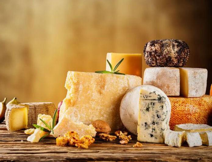 Συναγερμός στον Πειραιά! Δέσμευσαν 5,8 τόνους ακατάλληλων τυριών!