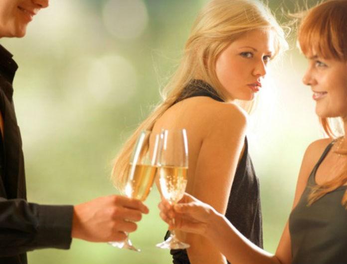 «Ζηλεύω την πρώην σύζυγό του! Τι να κάνω;» Ο ειδικός απαντά!