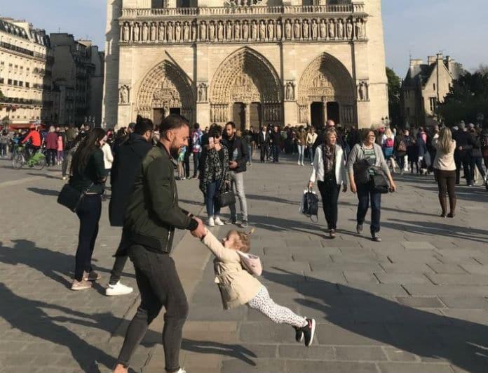 Παναγία των Παρισίων: Ραγδαίες εξελίξεις με τον μπαμπά που έγινε viral!