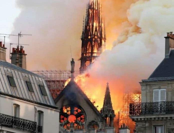 Θρίλερ στην Παναγιά των Παρισίων: Αυτός είναι ο λόγος που ξεκίνησε η φωτιά!