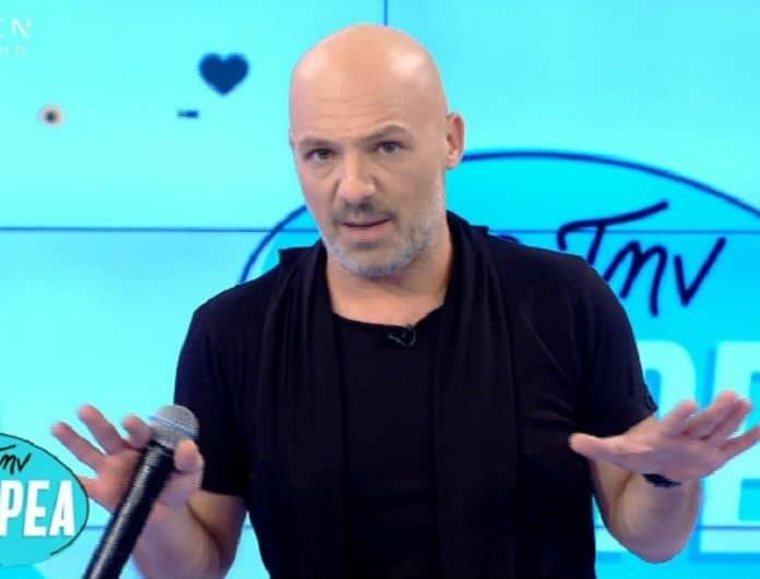 Νίκος Μουτσινάς: Δυσαρεστημένο το OPEN με τον παρουσιαστή;
