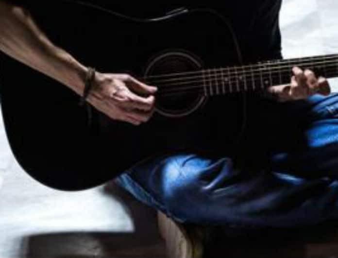 Θύμα χάκερ γνωστός Έλληνας τραγουδιστής! Η δημόσια έκκληση....
